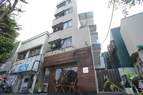 ユーコート駒沢大学外観写真