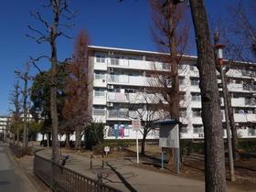 新栄町団地4街区1号棟外観写真