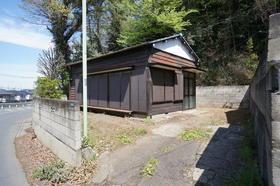 新倉氷川神社貸家5号外観写真