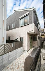 HOUSE-ZOO六番館外観写真