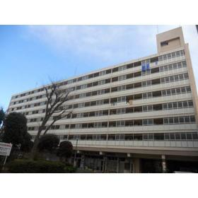 戸山ハイツアパート25号棟外観写真