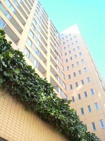 東新宿レジデンシャルタワー外観写真