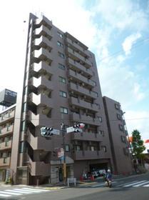 エスコート代田橋 204号室外観写真