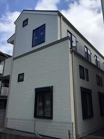南加瀬三丁目共同住宅外観写真