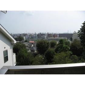 アムール 丘の上外観写真