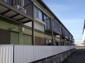 ファミーユISEHARA A棟外観写真