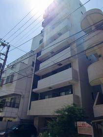 フェルクルール上野根岸外観写真