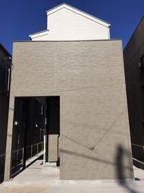 北寺尾一丁目共同住宅外観写真