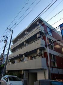フェルクルール新横浜外観写真