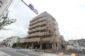 ライオンズマンション西新井第6外観写真