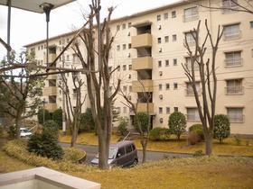寺尾台団地15号棟外観写真