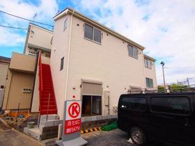 ファミーユ横須賀外観写真