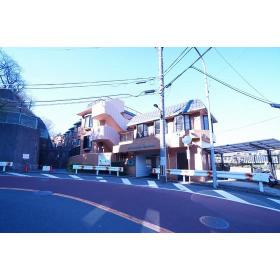 ライオンズマンション六浦台外観写真