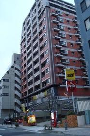 ドメス新横浜外観写真