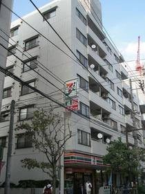 メイツ新宿なつめ坂外観写真