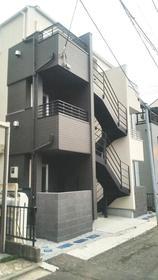 磯子区東町アパート外観写真