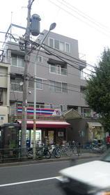 宮坂ビル外観写真