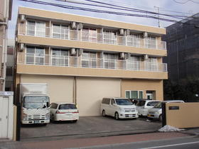 山一ビル302号室外観写真