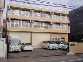 山一ビル304号室外観写真