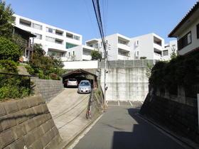 グランスイート横濱山手 108号室外観写真