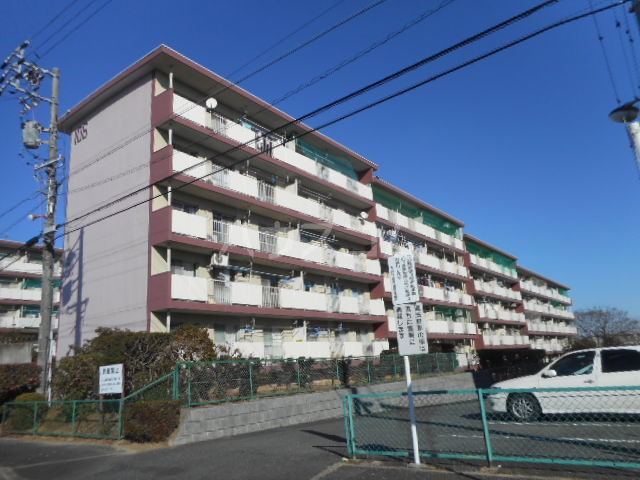 笹川公団106棟外観写真