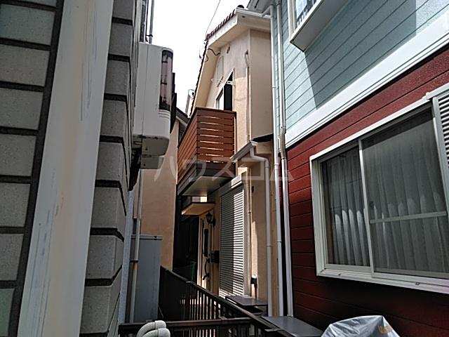 弘明寺中島町 貸家外観写真