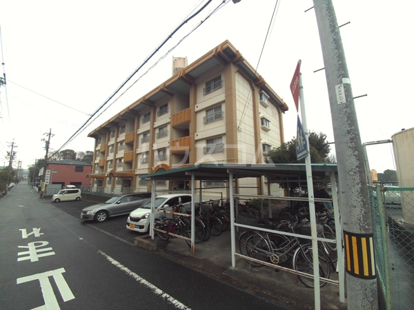 マンション岡田外観写真