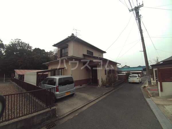 井田町貸家外観写真