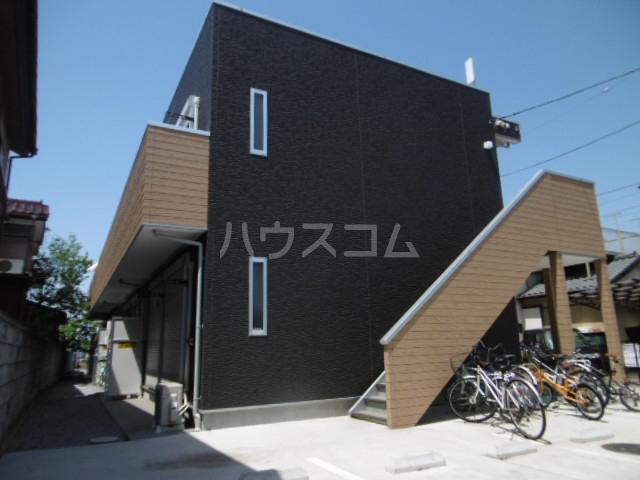ブラックサンモール秋山外観写真