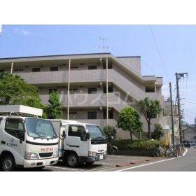 スカイコート新川崎第2外観写真