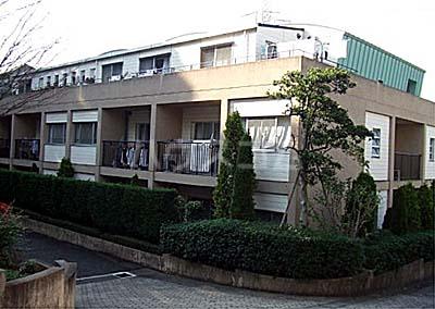 コンドミニアム・メイ大倉山外観写真