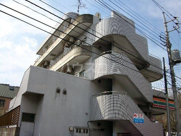 コンフォート鶴牧外観写真