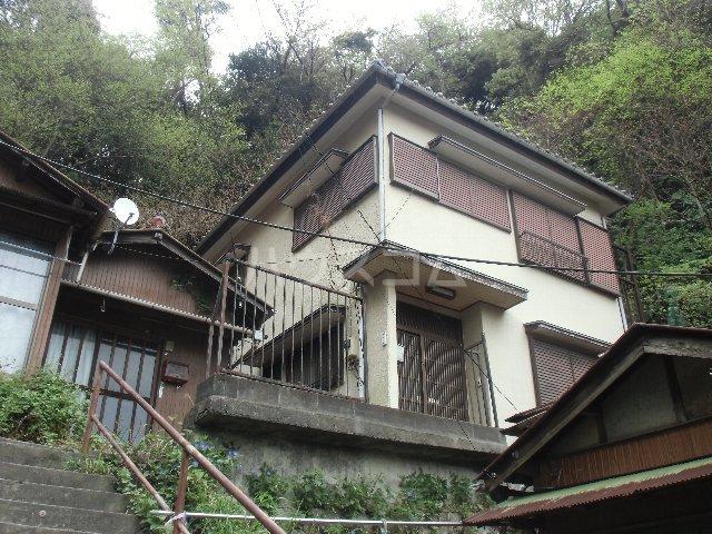 長浦町5丁目戸建キッチン・トイレ2カ所外観写真