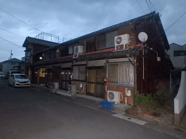 花塚町貸家外観写真