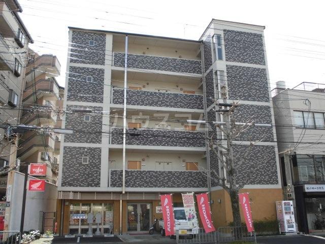 セラヴィ新丸太町外観写真